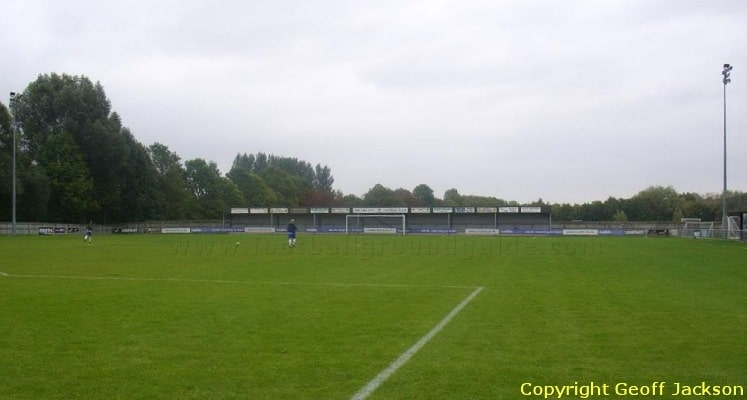 oxford-city-fc-marsh-lane-east-terrace-1421693292