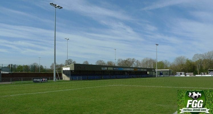 oxford-city-fc-stadium-main-stand-1448643679