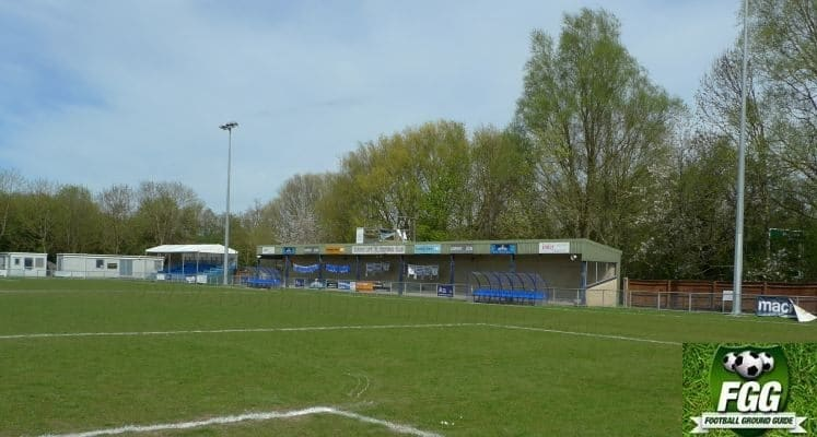 oxford-city-fc-stadium-north-stand-1448643680