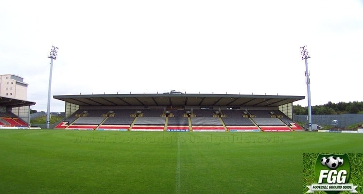 partick-thistle-fc-firhill-stadium-jackie-husband-stand-1432051357