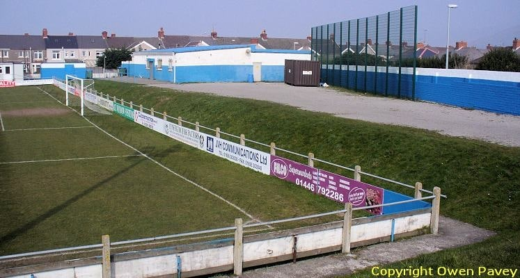 port-talbot-football-club-genquip-stadium-social-club-end-1460145702