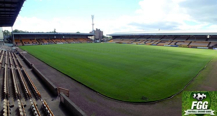 port-vale-vale-park-hamil-road-end-and-railway-stand-1483230427