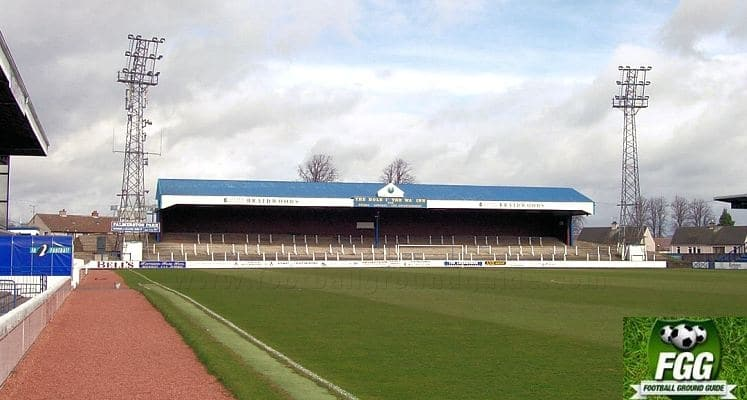 queen-of-the-south-fc-palmerston-park-portland-drive-terrace-1435051368
