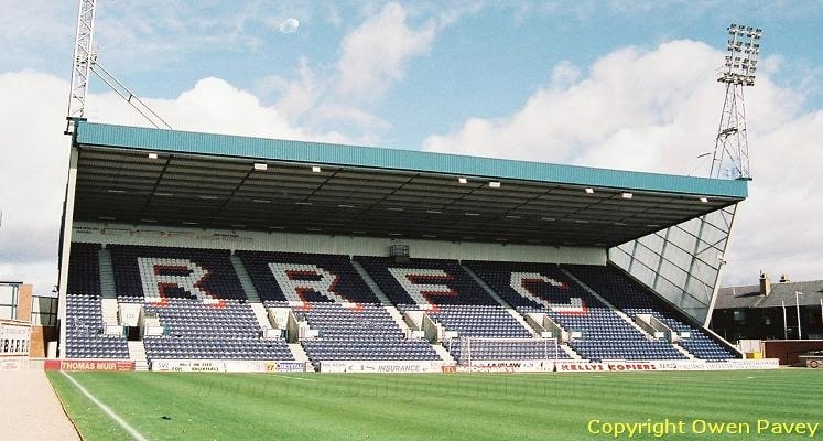 raith-rovers-fc-starks-park-north-stand-1435055493