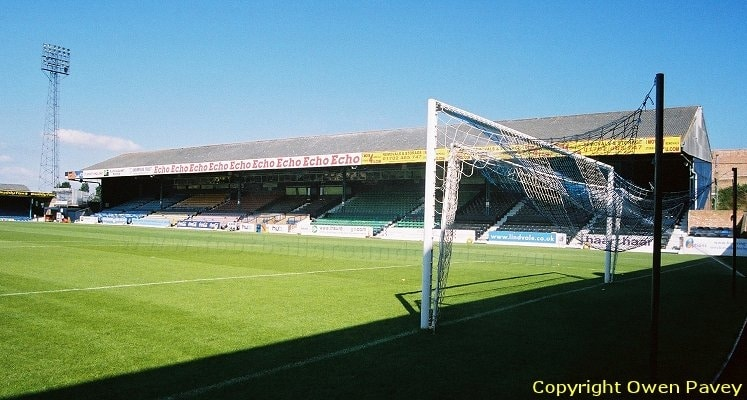 roots-hall-southend-united-fc-main-stand-1419958676