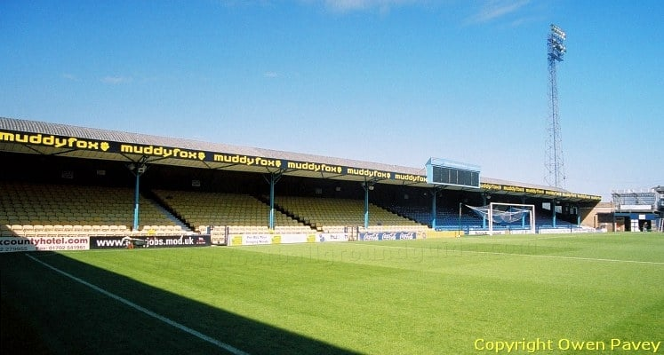 roots-hall-southend-united-fc-north-stand-1419958675