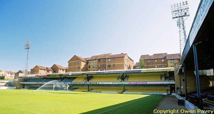 roots-hall-southend-united-fc-south-stand-1419958675