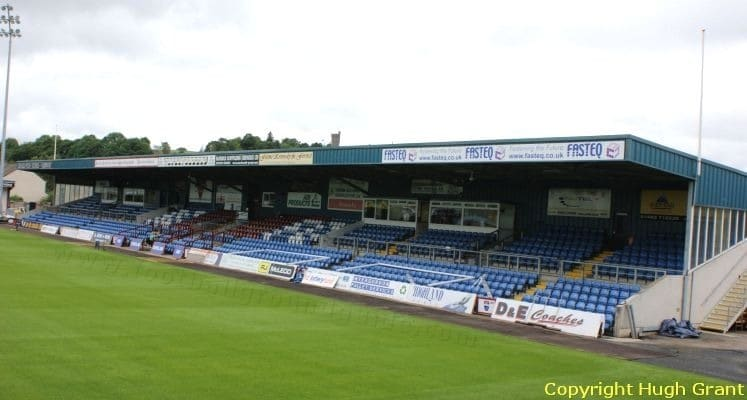 ross-county-fc-victoria-park-west-stand-1432113106