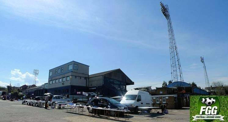 southend-united-roots-hall-view-from-car-park-1465843028