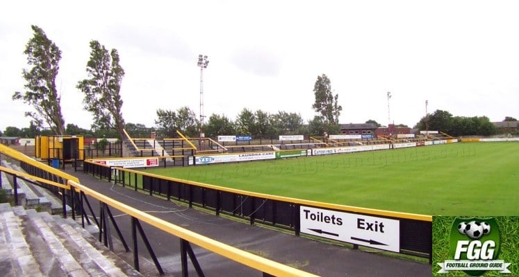 southport-fc-haig-avenue-popular-side-1421084165