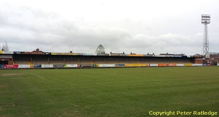 spayne-road-stand-jakemans-stadium-boston-united-1585397113