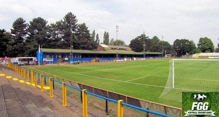 st-albans-city-fc-clarence-park-main-stand-1423850095