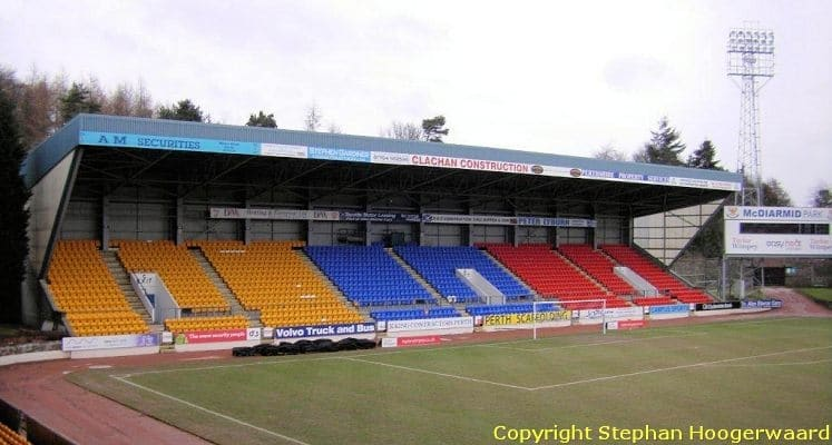 st-johnstone-fc-mcdiarmid-park-north-stand-1432118533