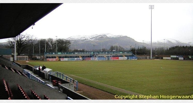 stirling-albion-fc-forthbank-stadium-north-terrace-1435833783