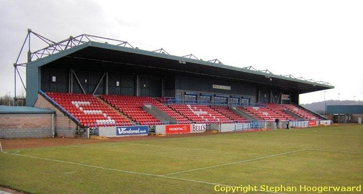 stirling-albion-fc-forthbank-stadium-west-stand-1435833784