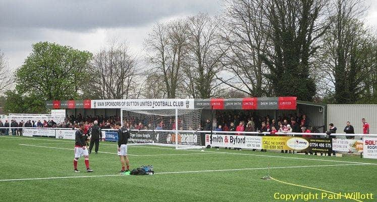 sutton-united-fc-borough-sports-ground-collingwood-road-end-1461839453