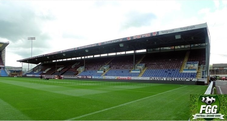 turf-moor-burnley-fc-bob-lord-stand-1412252556
