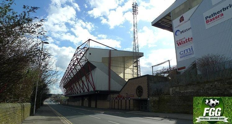 valley-parade-bradford-city-midland-road-stand-external-view-1451500642