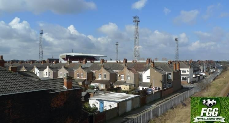 view-of-grimsby-town-blundell-park-from-railway-bridge-1464029463