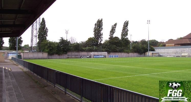west-terrace-champion-hill-dulwich-hamlet-1545768638